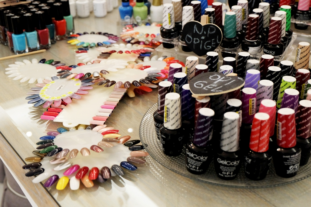 Nail Polish Beauty Bar