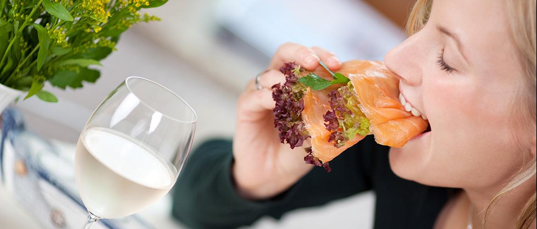 Makan Salmon Untuk Rambut Sehat & Panjang